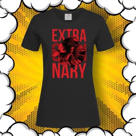 Дамска тениска с надпис Extraordinary