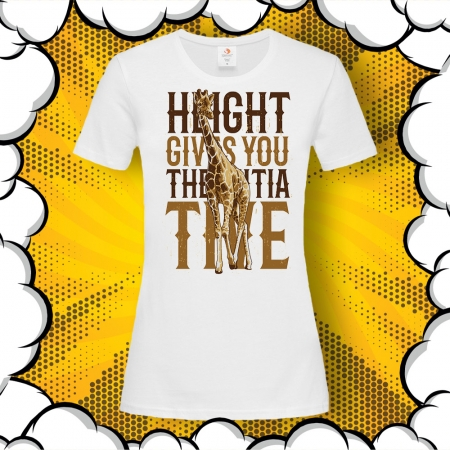 Дамска тениска с жираф и надпис Heights Gives You The Initiative